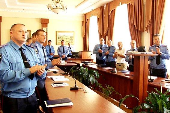 Керівники луганської міліції подякували прикарпатським оперативникам за добросовісну службу (ФОТО) (фото) - фото 1