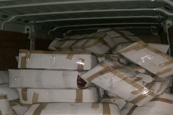 Правоохоронці затримали зловмисника, котрий перевозив тонни м'ясопродуктів невідомого походження (ФОТО) (фото) - фото 1