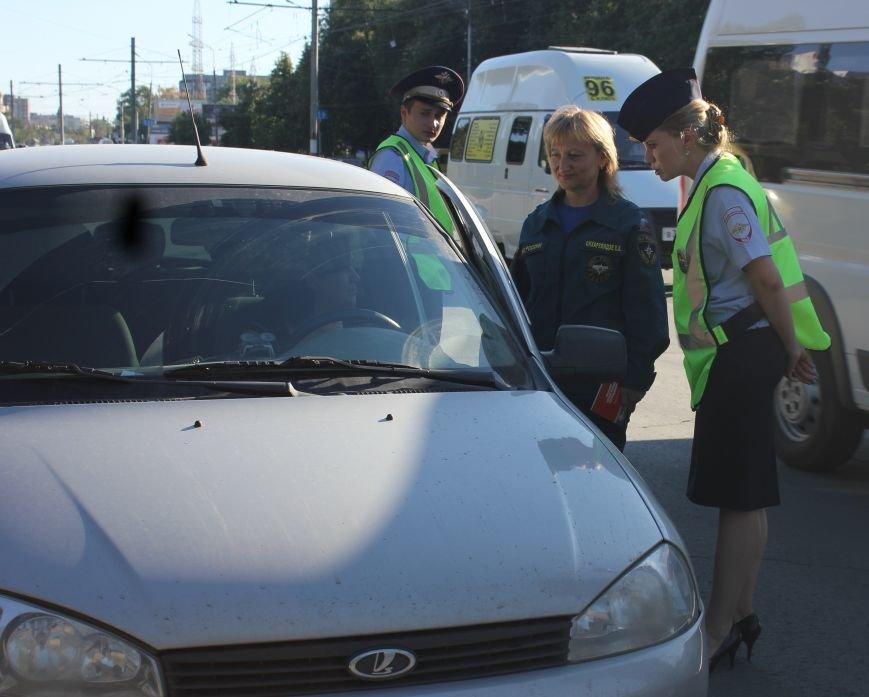 Вчера на ульяновские дороги вышли медики и МЧСники (фото) - фото 1