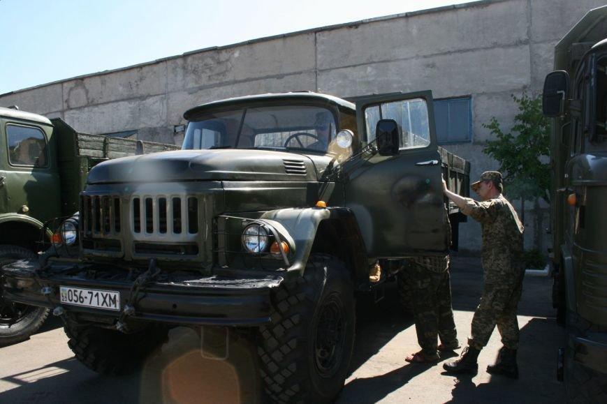 У підрозділи ЗСУ відправили ще 3 відремонтовані автомобілі (ФОТО) (фото) - фото 1