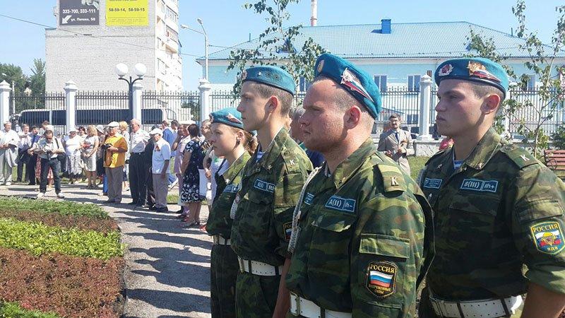 В Белгороде открыли построенный на деньги горожан памятник не вернувшимся с войны (фото) - фото 1