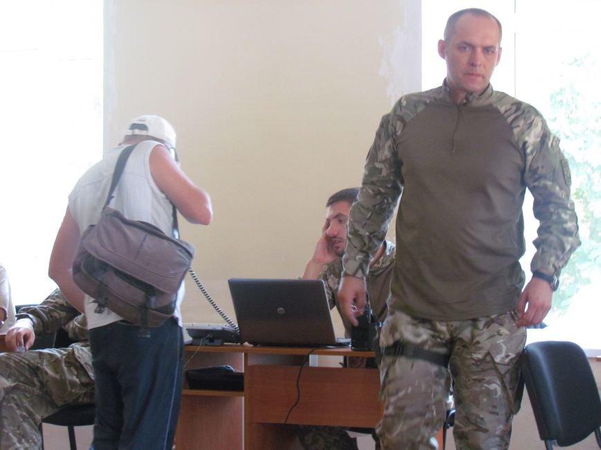 Мариупольцы уже могут связаться с центром гражданско-военного сотрудничества (ФОТО), фото-3
