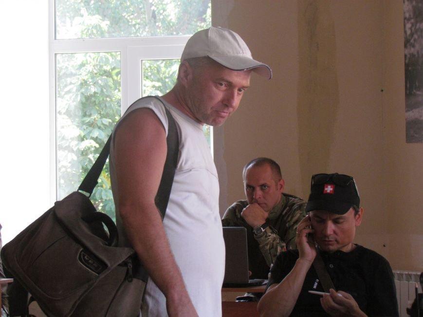 Мариупольцы уже могут связаться с центром гражданско-военного сотрудничества (ФОТО), фото-1