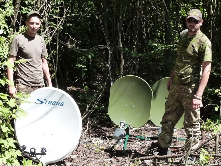 Военные на передовой теперь могут смотреть украинские каналы (фото) - фото 1