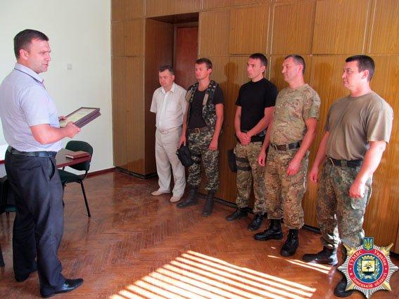 Взрывотехники в Мариуполе обнаружили 9 подозрительных предметов (ФОТО) (фото) - фото 1