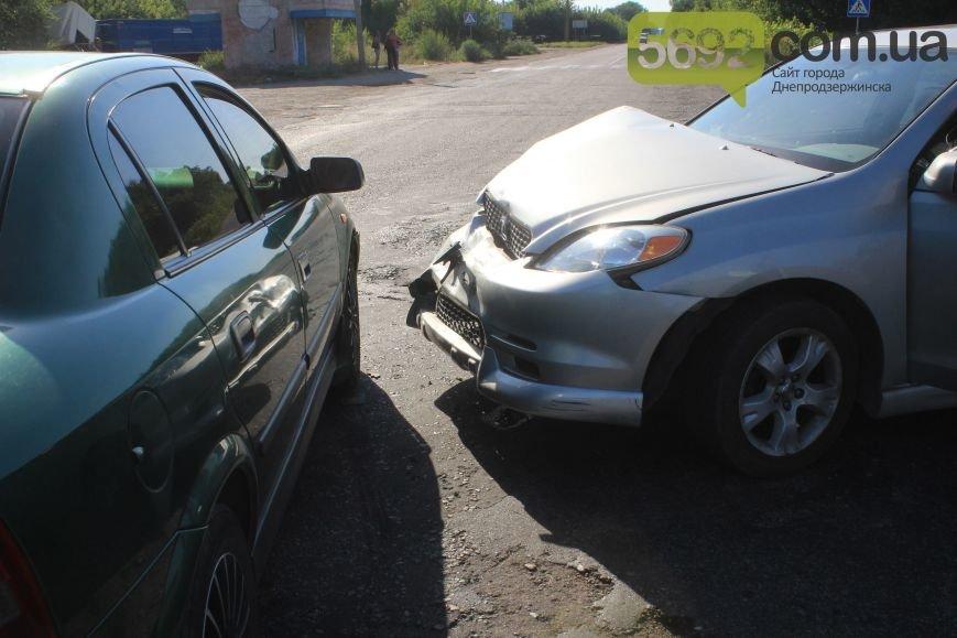 На Димитровском переезде в Днепродзержинске произошло ДТП (фото) - фото 3
