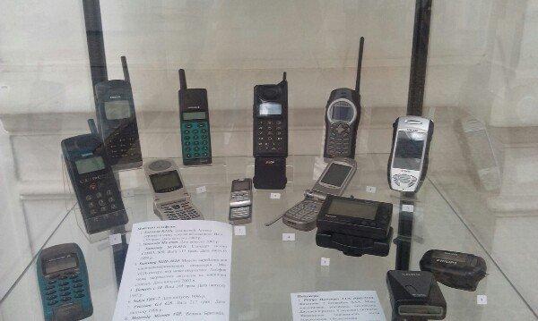 В Днепропетровске показывают, как зарождалась телефонная связь (фото) - фото 1