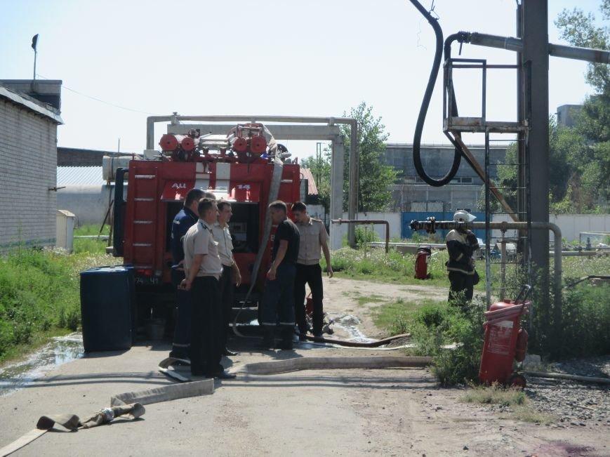 На территории кременчугского предприятия взорвалась цистерна с мазутом (ФОТО), фото-14