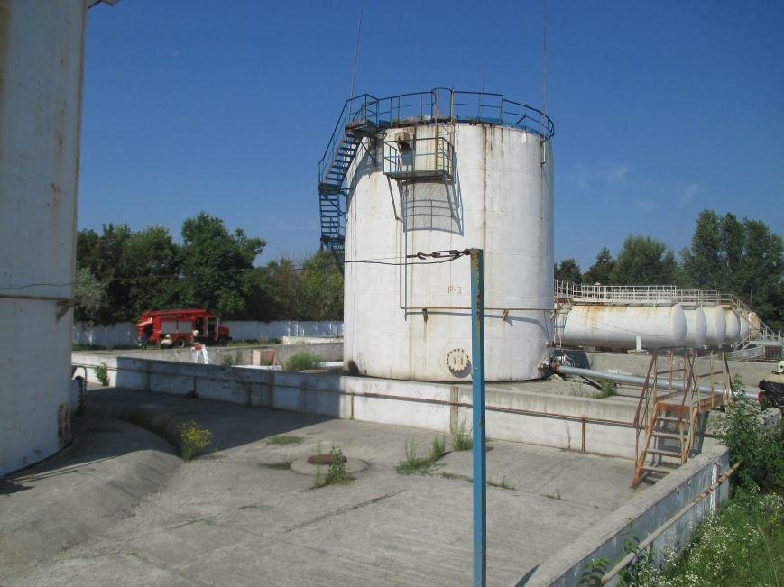 На территории кременчугского предприятия взорвалась цистерна с мазутом (ФОТО), фото-1