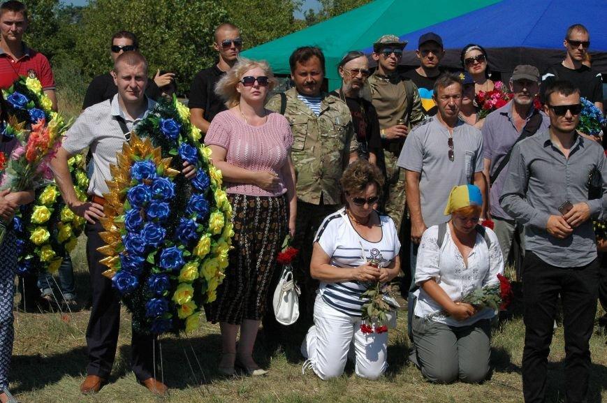 Под Запорожьем неопознанных солдат похоронили через год после гибели (ФОТОРЕПОРТАЖ), фото-20