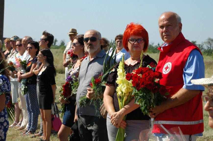Под Запорожьем неопознанных солдат похоронили через год после гибели (ФОТОРЕПОРТАЖ), фото-12