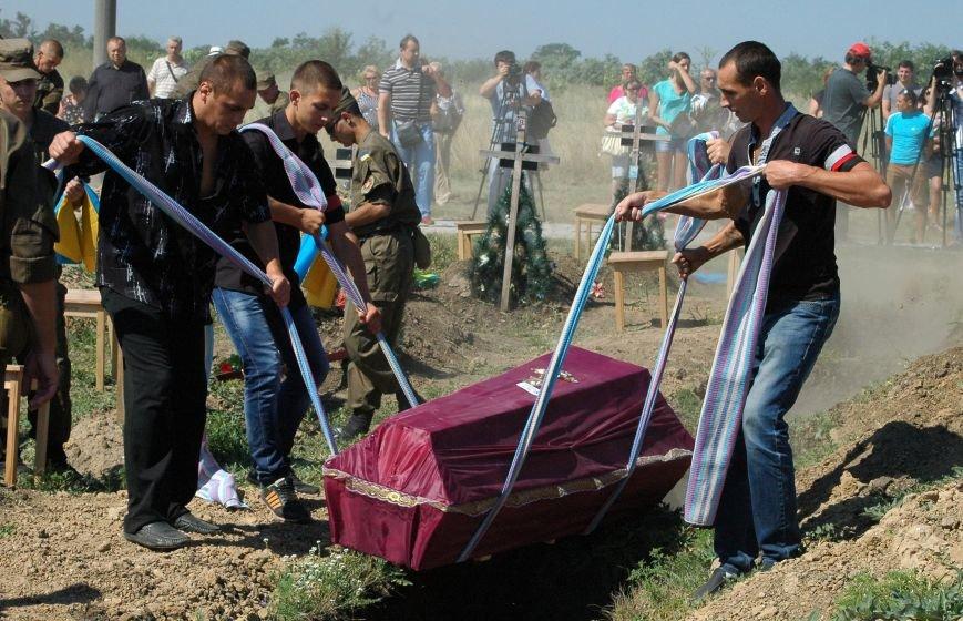Под Запорожьем неопознанных солдат похоронили через год после гибели (ФОТОРЕПОРТАЖ), фото-22