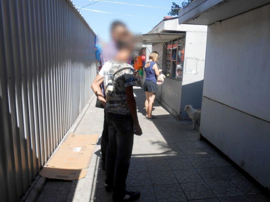В Днепродзержинске устроили облаву на магазины, которые продают детям алкоголь и сигареты (фото) - фото 5