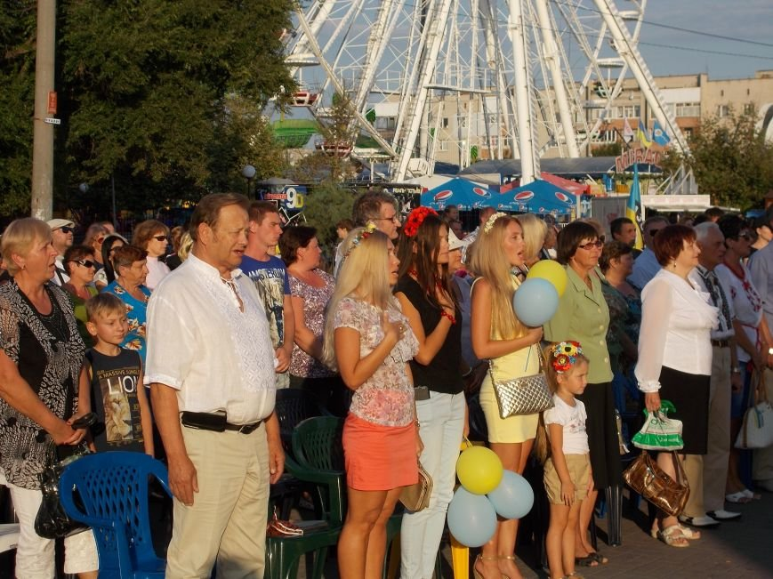 Бердянцы отметили День Независимости (фото) - фото 3