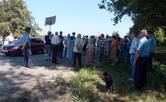 «Экологическая катастрофа» на Полтавщине: свиноферма загрязняет окружающую среду (ФОТО) (фото) - фото 1
