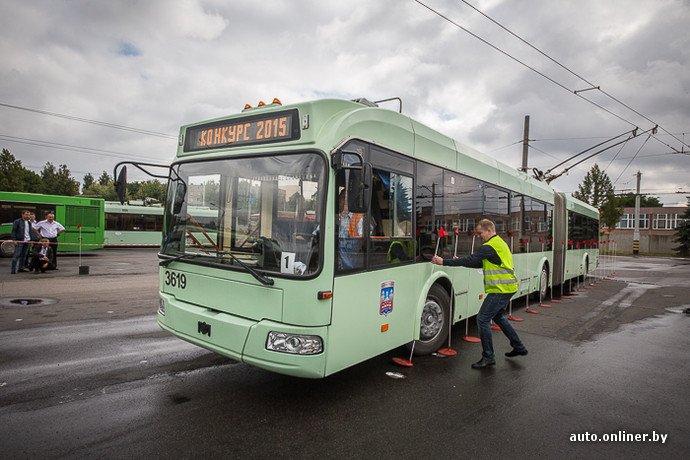 Гродненские водители победили на республиканских соревнованиях троллейбусов в Минске (фото) - фото 17