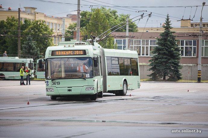 Гродненские водители победили на республиканских соревнованиях троллейбусов в Минске (фото) - фото 9