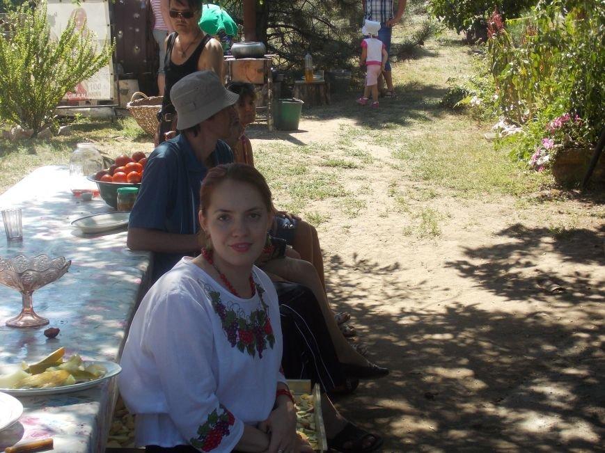 Участники бердянского семинара по прикладному искусству посетили «Сільське подвір'я» в Благовещенке (фото) - фото 9