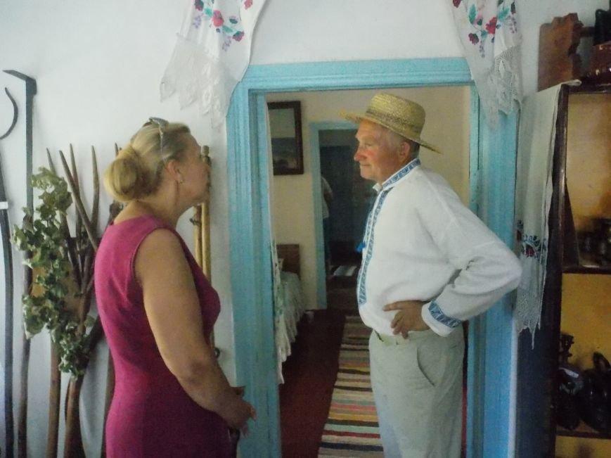 Участники бердянского семинара по прикладному искусству посетили «Сільське подвір'я» в Благовещенке (фото) - фото 4