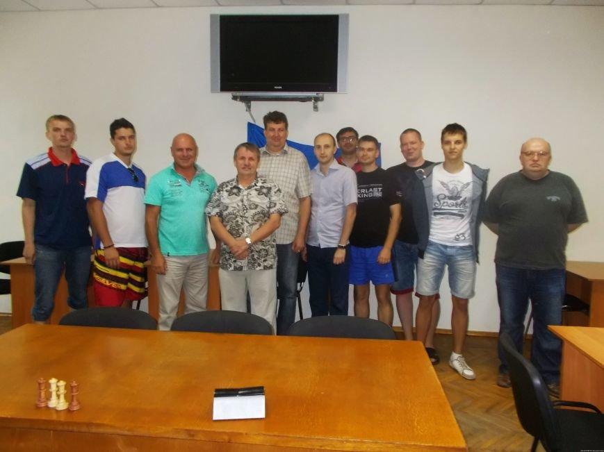 Криворожские шахматисты уступили первенство по шахматам команде Днепропетровска (фото) - фото 2