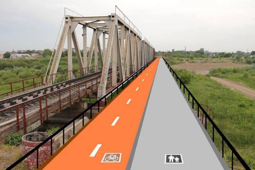 Франківські активісти презентували нову ідею: велосипедно-пішохідний міст (Фото) (фото) - фото 1