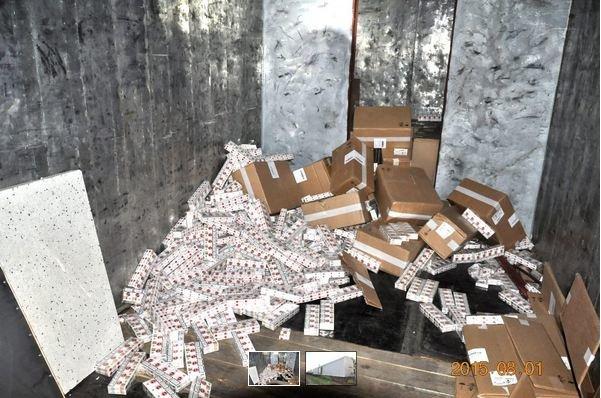 В Кузнице при проверке поезда польские таможенники обнаружили более 3 млн контрабандных сигарет (фото) - фото 1
