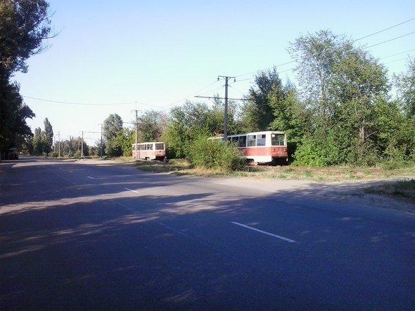 Вчера в Кривом Роге трамвай сошел с рельс (фото) - фото 1