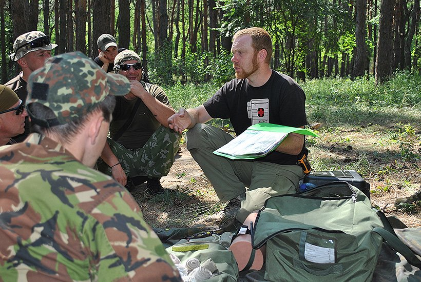 Славянские нацгвардейцы совершенствуют свои навыки в тактической медицине. ФОТО (фото) - фото 1
