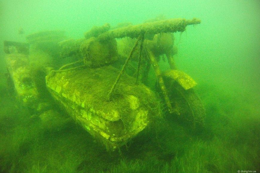 На дні озера Задорожнє дайвери знайшли транспорт часів Другої світової війни (ФОТО) (фото) - фото 5