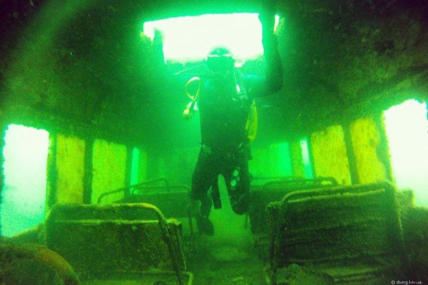 На дні озера Задорожнє дайвери знайшли транспорт часів Другої світової війни (ФОТО) (фото) - фото 7
