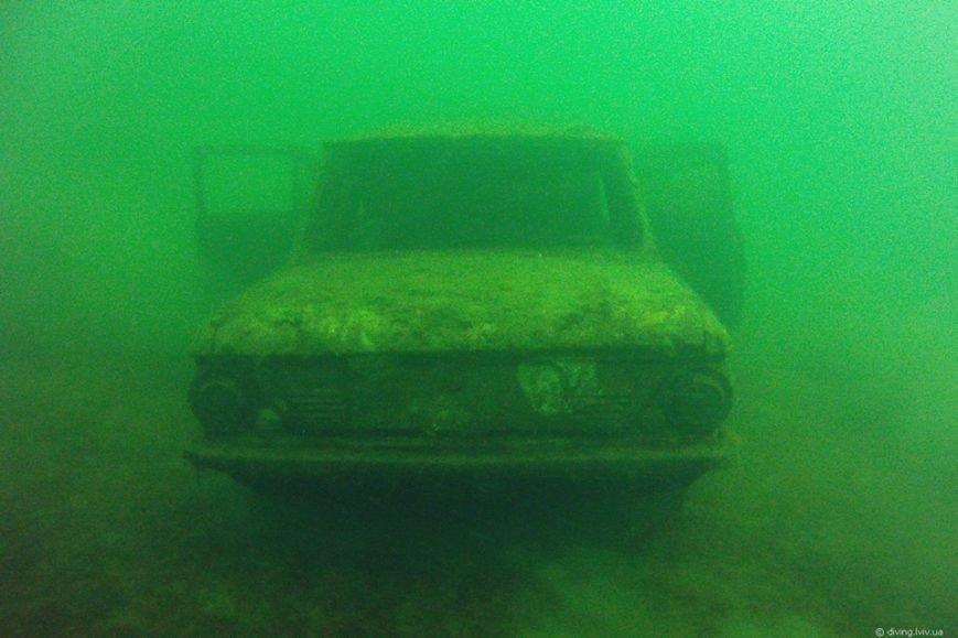 На дні озера Задорожнє дайвери знайшли транспорт часів Другої світової війни (ФОТО) (фото) - фото 2