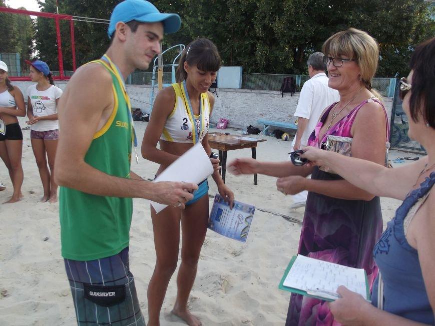 Волейболисты из Красноармейска и Родинского заняли призовые места на областных соревнованиях (фото) - фото 3