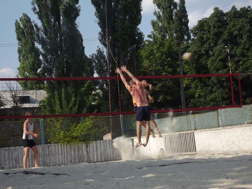 Волейболисты из Красноармейска и Родинского заняли призовые места на областных соревнованиях (фото) - фото 2