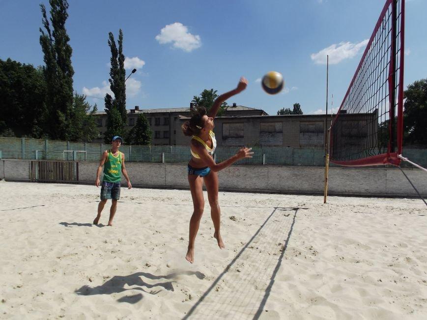 Волейболисты из Красноармейска и Родинского заняли призовые места на областных соревнованиях (фото) - фото 1