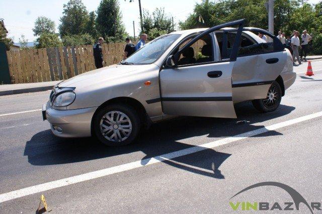 У Вінниці розстріляли автомобіль. Двоє чоловіків у лікарні (Фото+Відео), фото-7