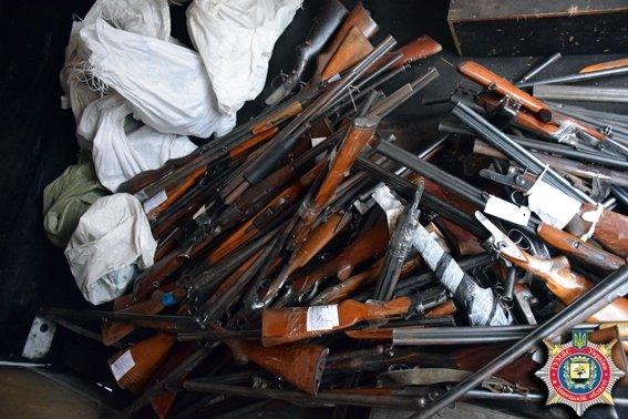 В Мариуполе из изъятого у населения оружия получили 800 килограммов металла (ФОТО) (фото) - фото 1