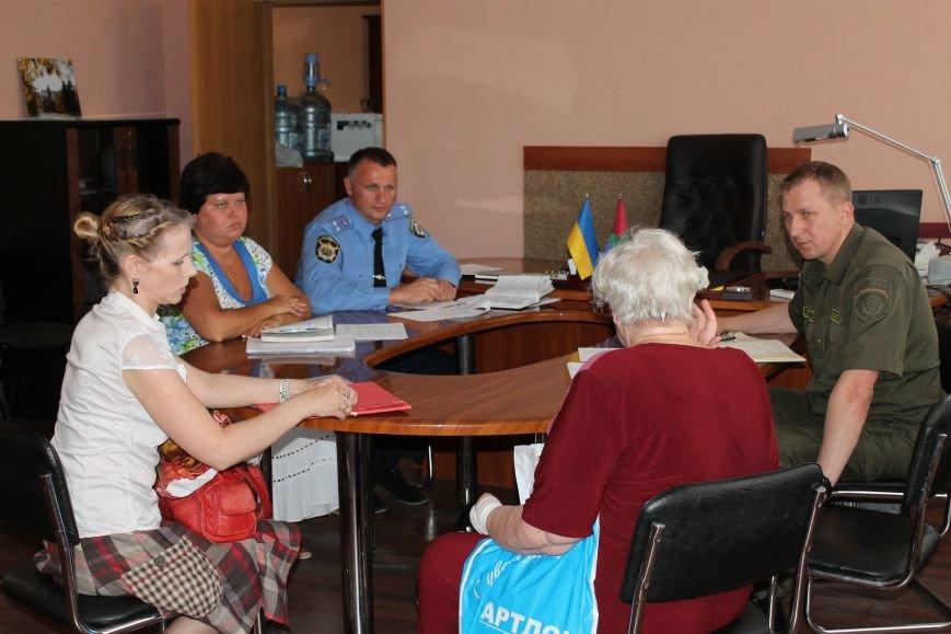 Жалобы и просьбы артемовцев выслушал начальник милиции Донецкой области, фото-2