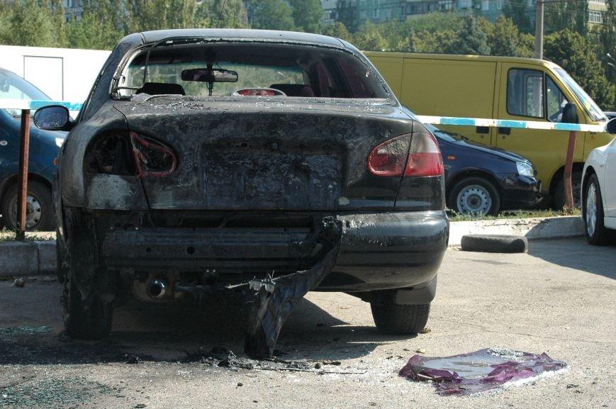 Масштабный пожар на запорожской автостоянке: пострадали 6 автомобилей (ФОТО), фото-5