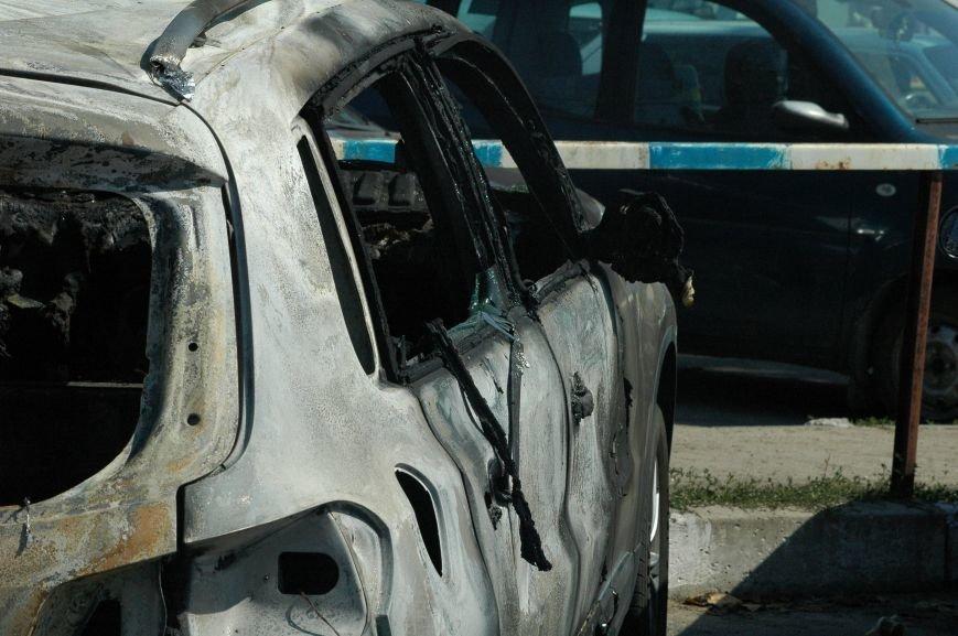 Масштабный пожар на запорожской автостоянке: пострадали 6 автомобилей (ФОТО), фото-4
