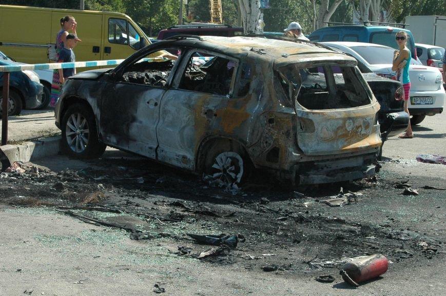 Масштабный пожар на запорожской автостоянке: пострадали 6 автомобилей (ФОТО), фото-7