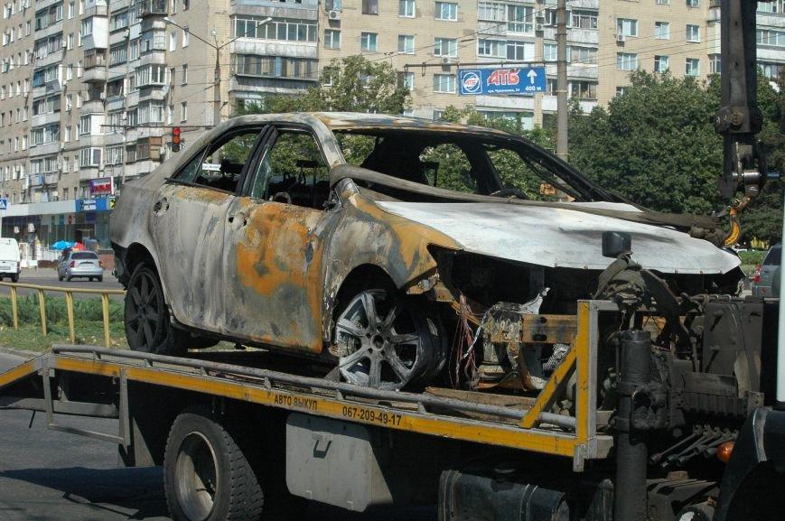 Масштабный пожар на запорожской автостоянке: пострадали 6 автомобилей (ФОТО), фото-2
