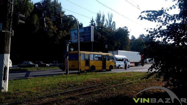 На Хмельницькому шосе ДТП, зіштовхнулися дві маршрутки (Фото+Відео), фото-2