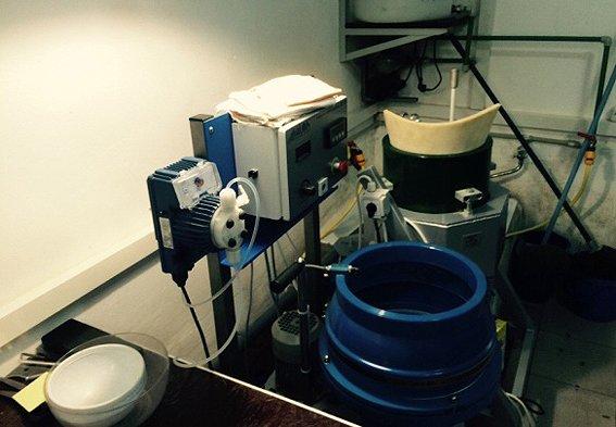 Обладнання для обробки бурштину вилучили на Рівненщині (фото) - фото 1