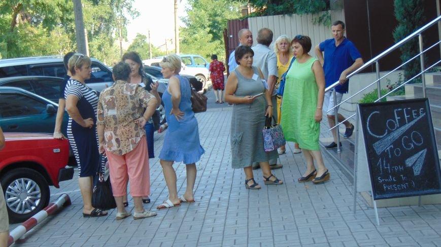 Жители Широкино в Мариуполе  сообщили властям, что у них нет жилья, работы и средств к существованию (ФОТО) (фото) - фото 5