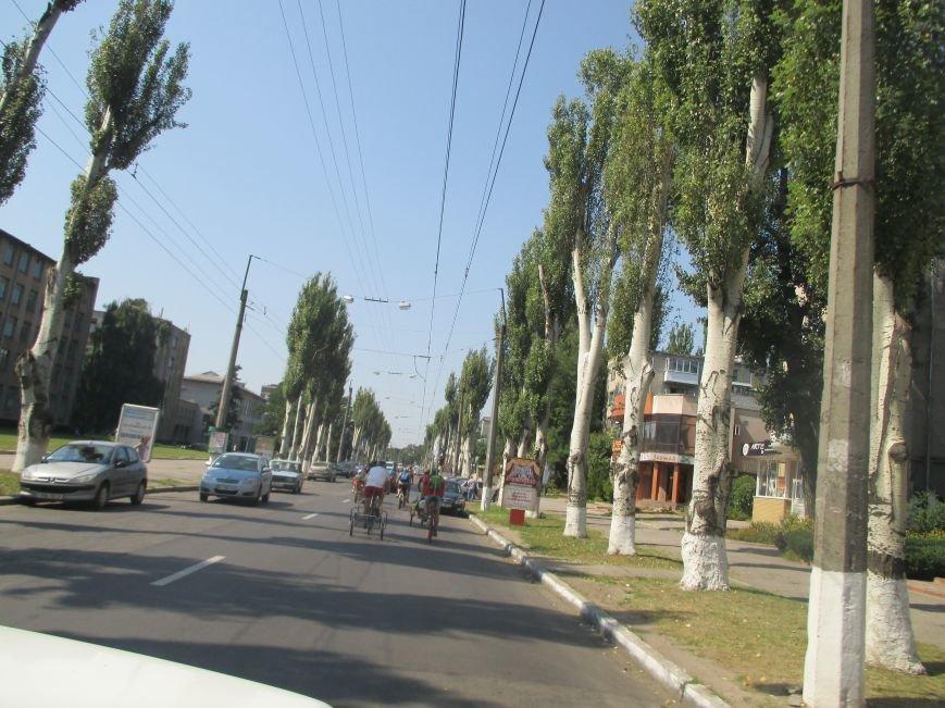 Кременчугские спасатели встретили участников велопробега на въезде в город, фото-11
