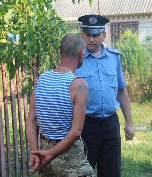 На Житомирщині чоловік намагався з'ясувати сімейні стосунки за допомогою гранати (фото) - фото 1