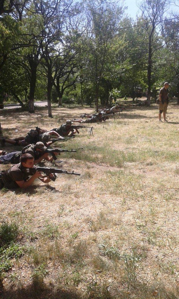 «Азов» продолжает тренироваться на базах в Мариуполе (ФОТО) (фото) - фото 1