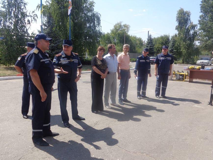 Пожарные Красноармейска и Димитрова получили новое оснащение из Германии (фото) - фото 3