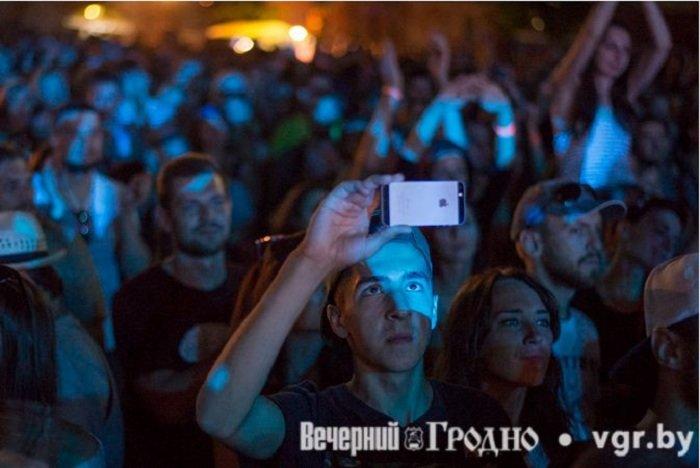 Фоторепортаж: возле Мирского замка отметили фестиваль Mirum Music (фото) - фото 20