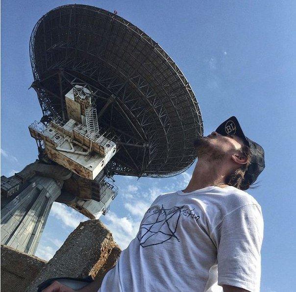 На гастролях в Крыму Дима Билан «отправил сигнал в космос» и пообещал не уезжать, пока не получит ответ (ФОТО) (фото) - фото 1
